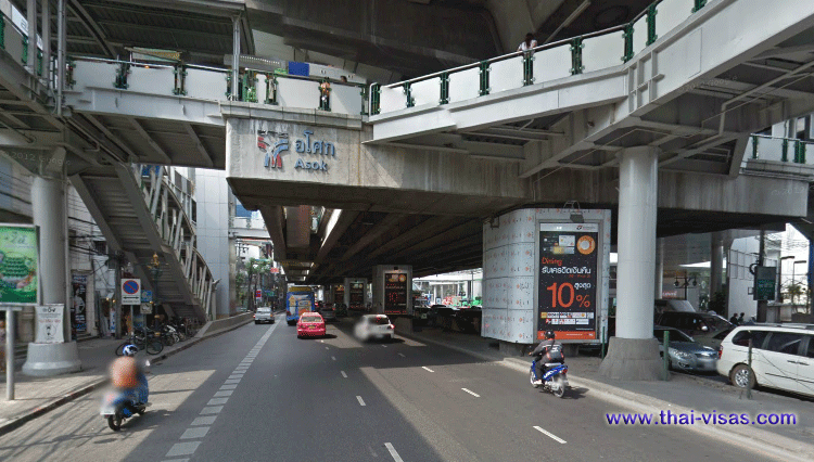 BTS Asok Station