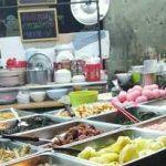 Wongwian Yai Market